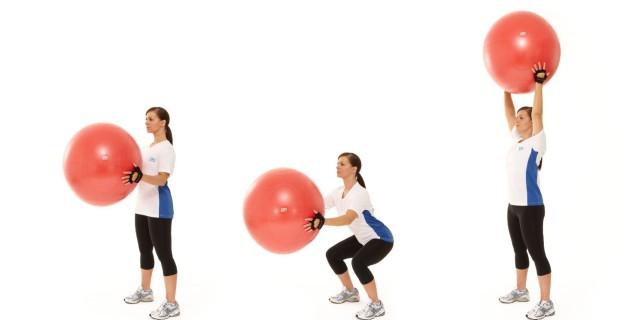 Klenot mezi pomůckami pro domácí cvičení? Gymnastický míč!